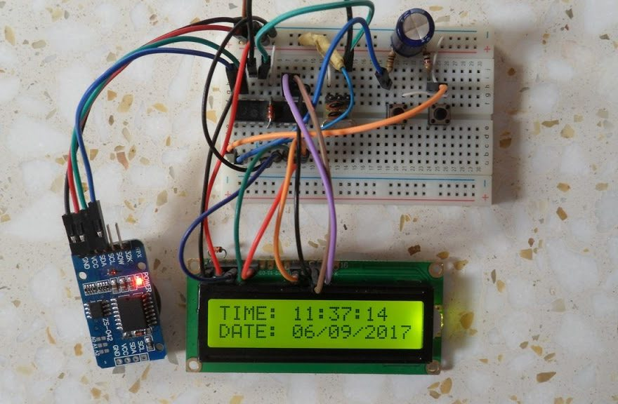 PIC16F84A DS3231 real time clock button circuit