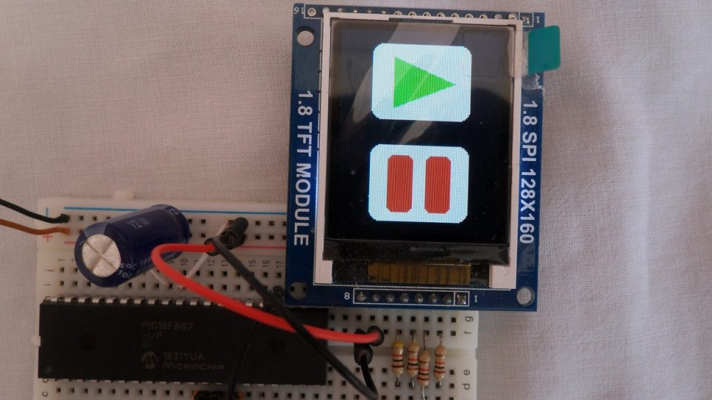 Interfacing PIC16F887 with ST7735S TFT display