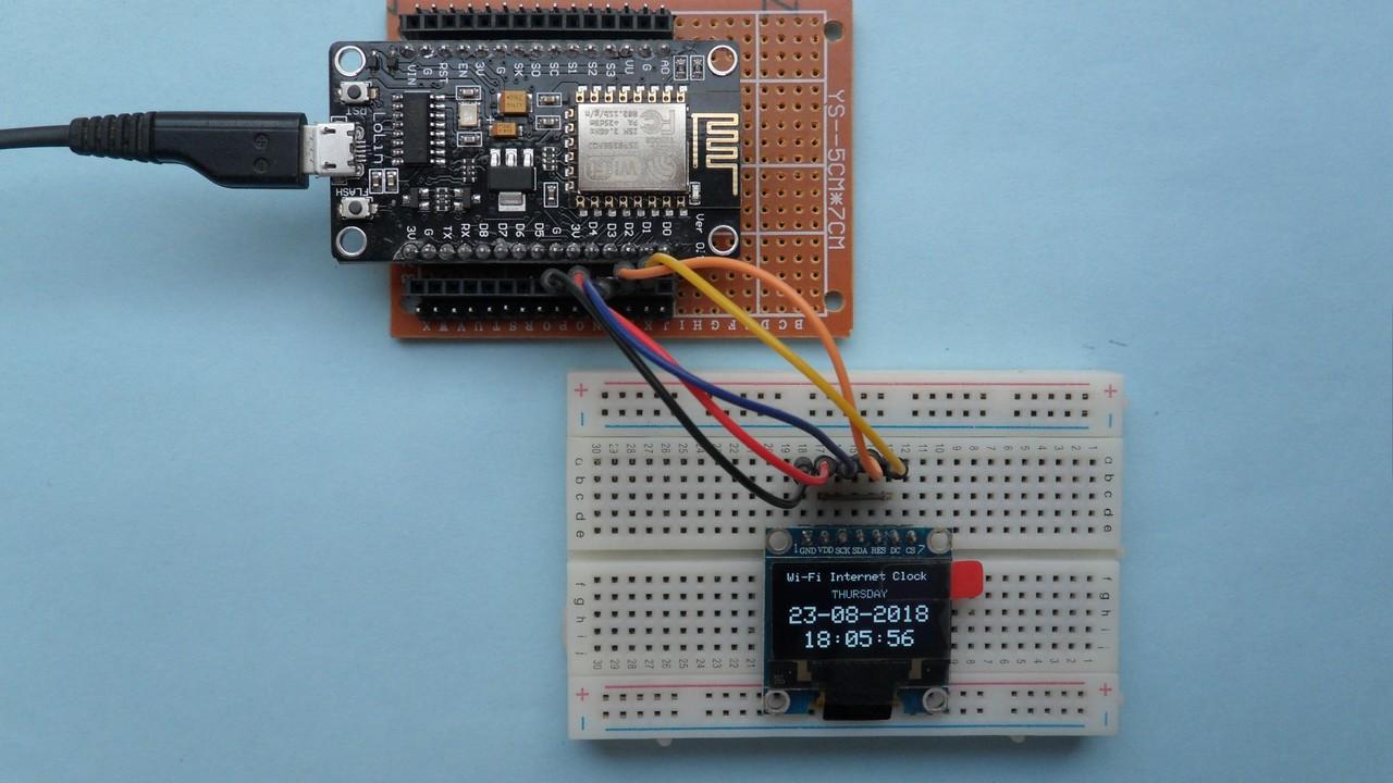 esp8266 nodemcu internet clock with ssd1306 oled display
