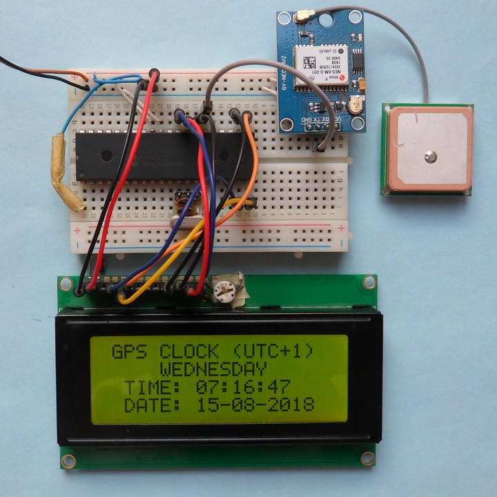 PIC16F877A GPS clock with NEO-6M GPS module