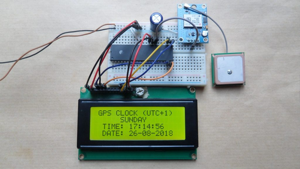 PIC16F887 GPS Clock with NEO-6M module and 20x4 LCD
