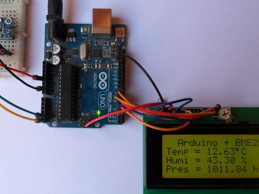 Arduino with BME280 sensor and 20x4 LCD display
