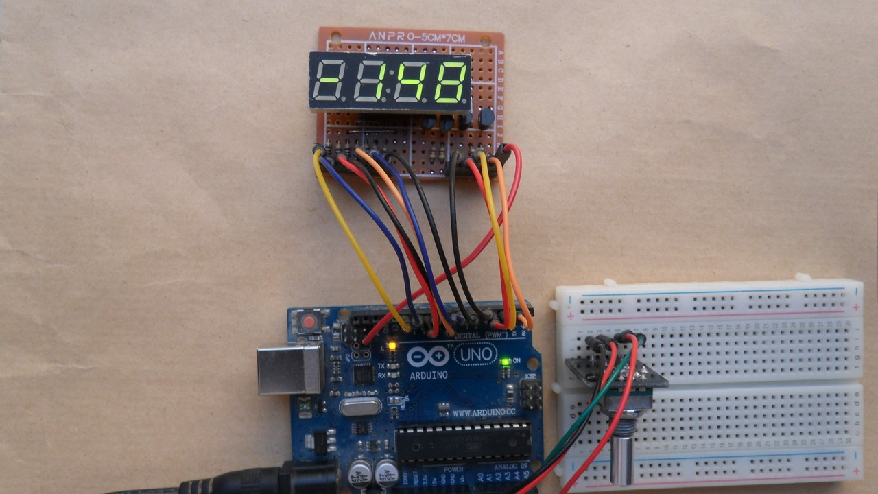 Arduino with rotary encoder and 7 segment display - Simple Projects