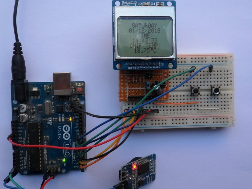 Arduino with DS3231 and NOKIA 5110 LCD