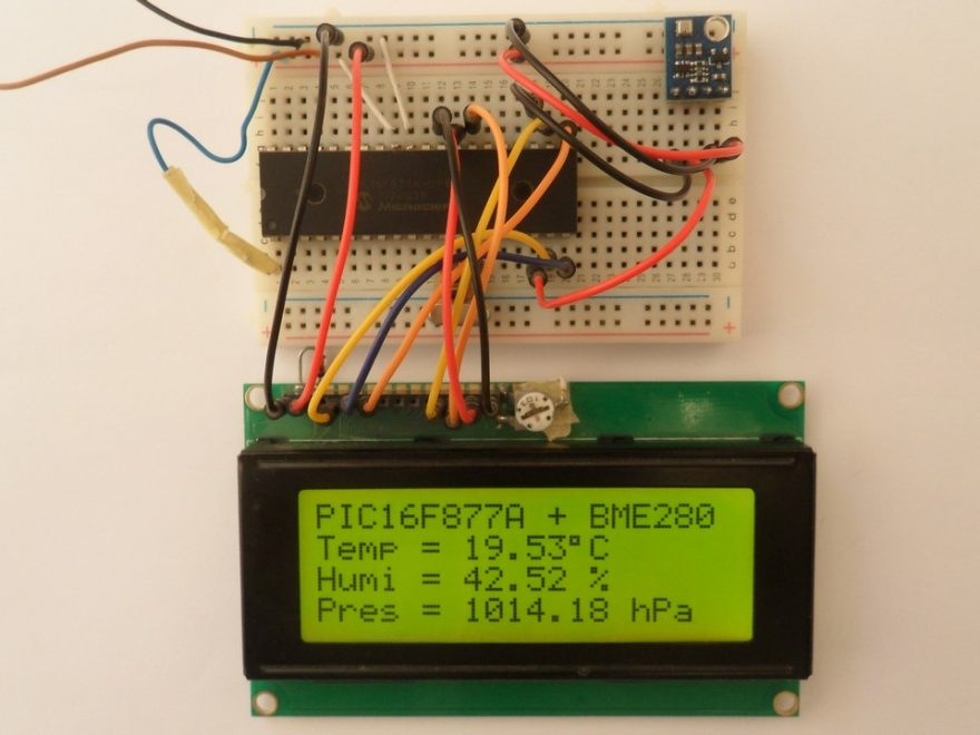 PIC16F877A with BME280 sensor and 2004 LCD