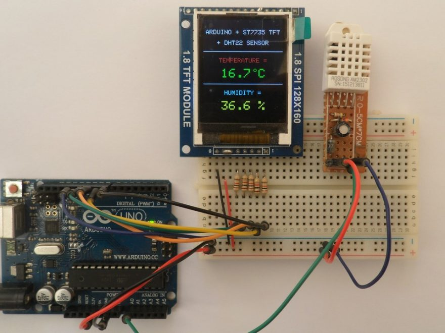 Arduino with ST7735S TFT and DHT22 humidity and temperature sensor