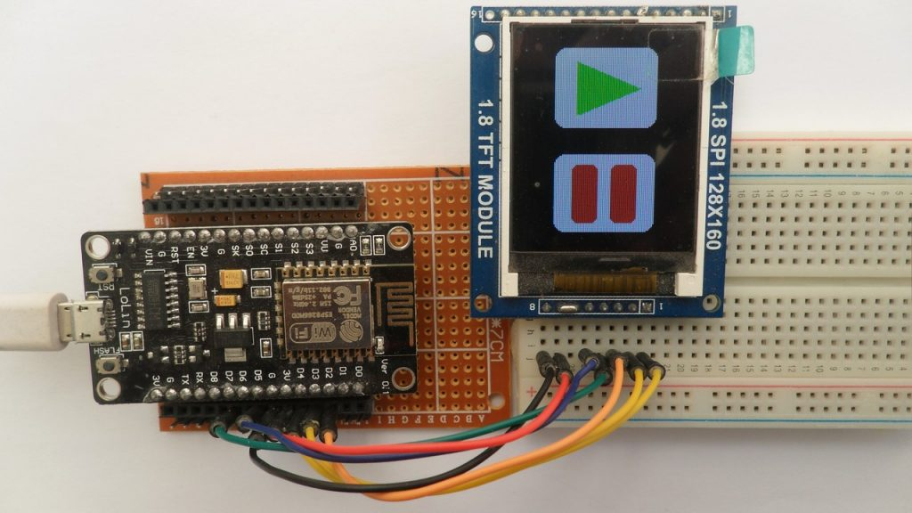 ESP8266 NodeMCU with ST7735S color TFT display