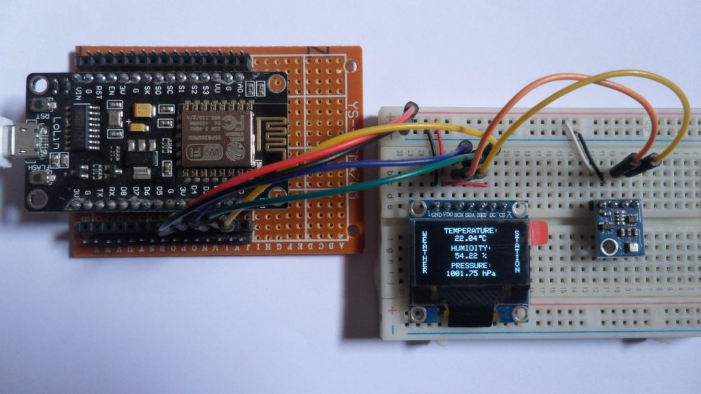 NodeMCU with BME280 sensor and SSD1306 OLED weather station