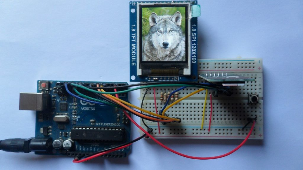 Arduino with SD card and ST7735 TFT display