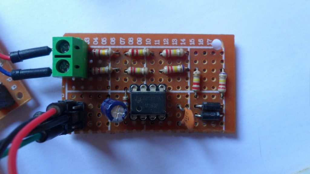 220 V AC zero crossing detection circuit using LM393 comparator