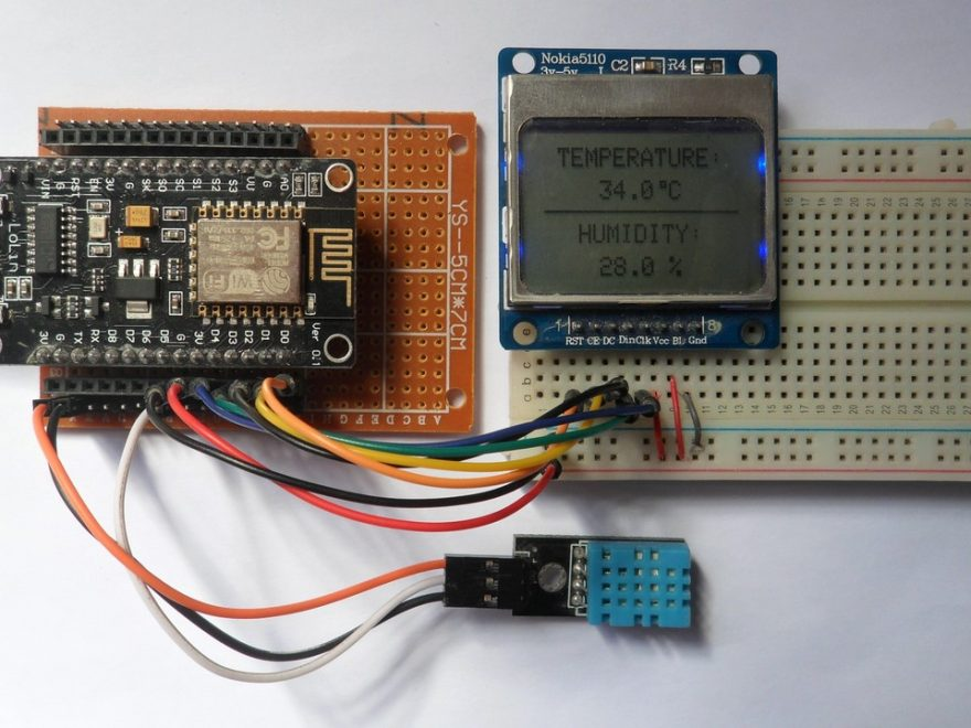 ESP8266 NodeMCU with Nokia 5110 LCD and DHT11 sensor