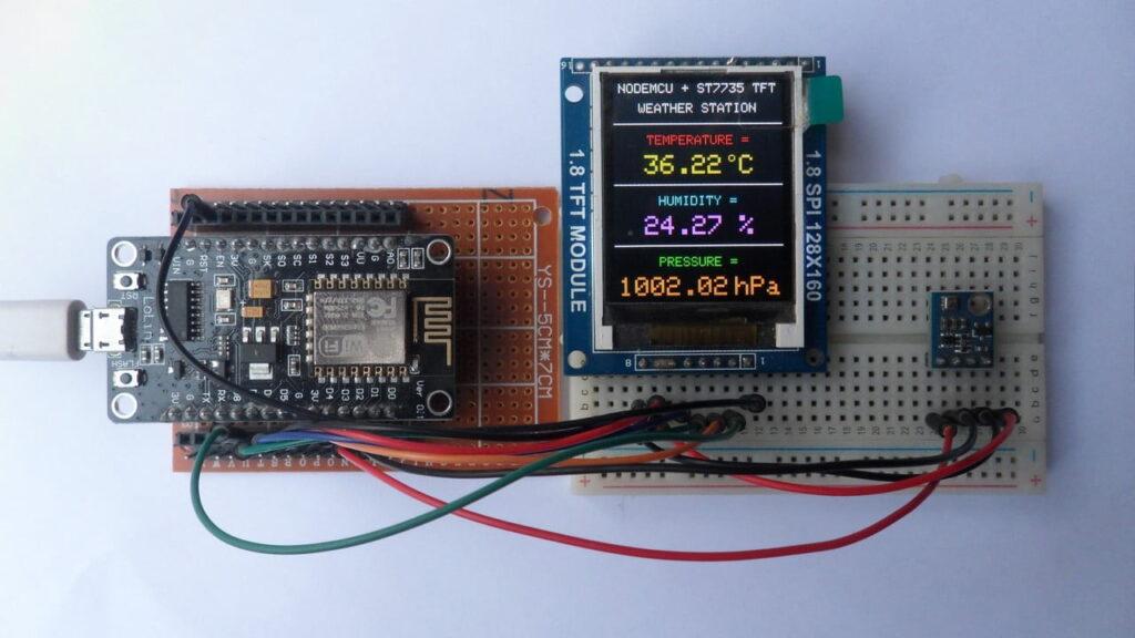 NodeMCU (ESP-12E) with ST7735S TFT and BME280 sensor weather station