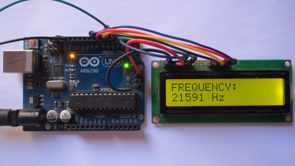 Arduino frequency counter circuit with LCD