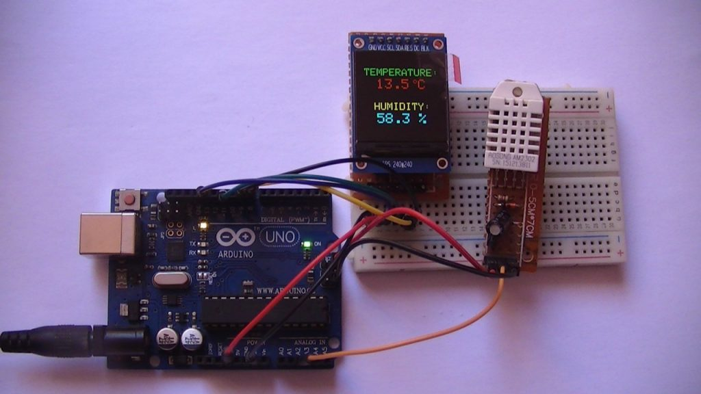 Arduino uno with ST7789 SPI display and AM2302 DHT22 sensor