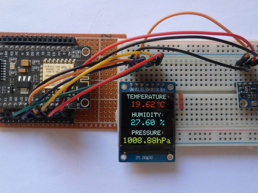 NodeMCU board with ST7789 TFT and BME280 sensor